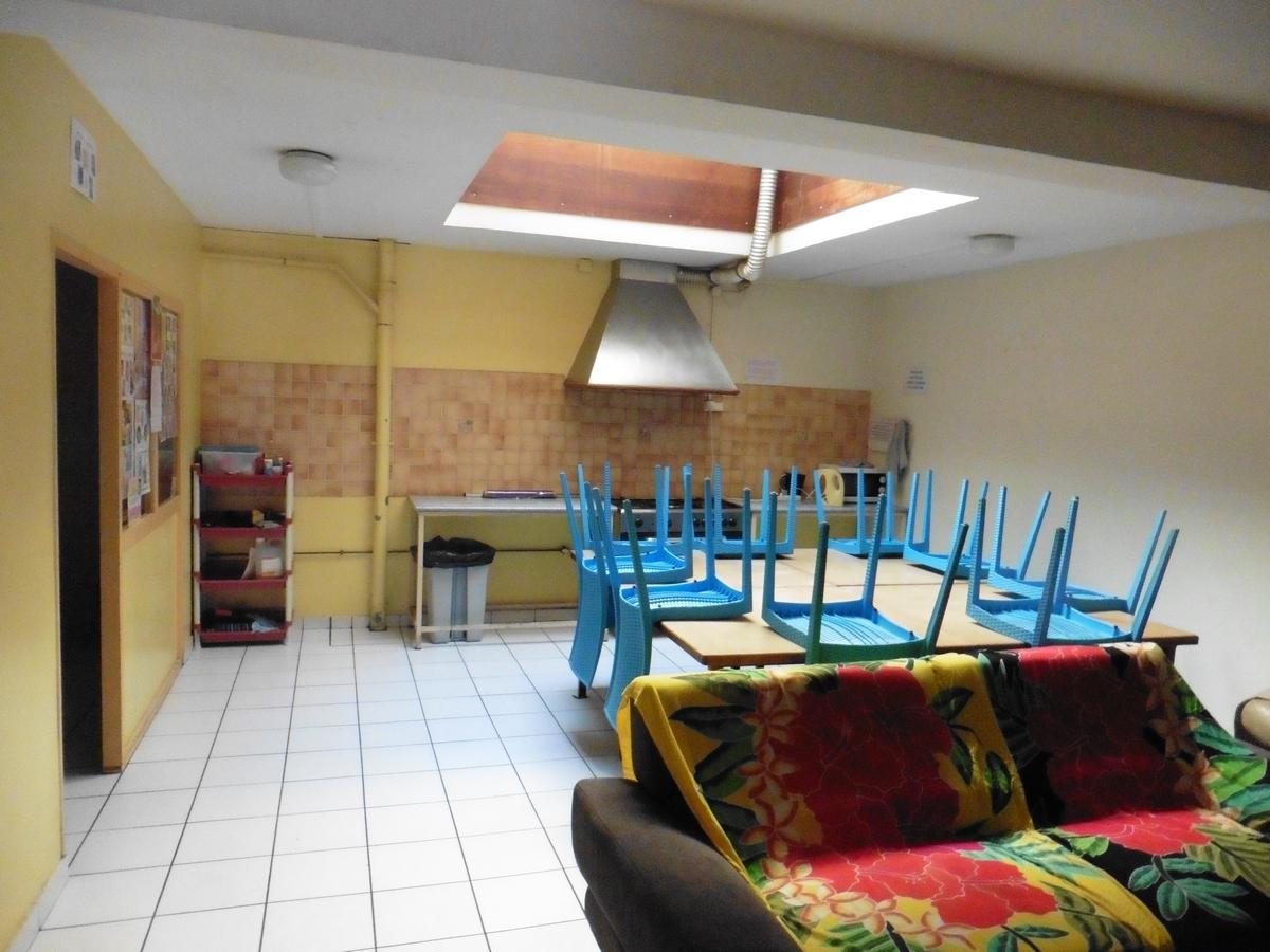 Le rez-de- chaussée: aujourd'hui cuisine et séjour